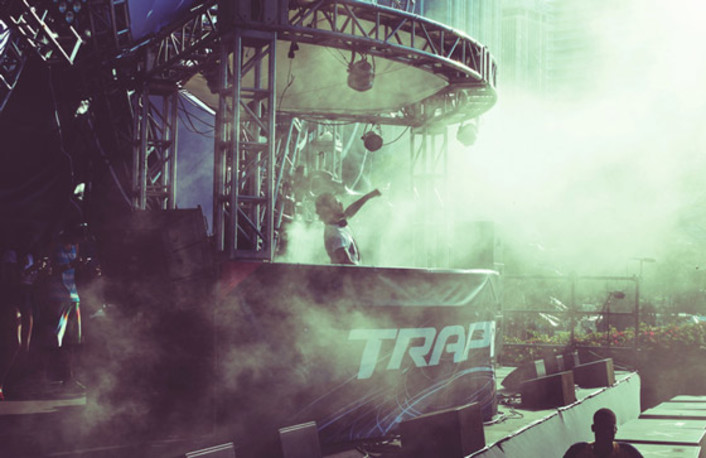 Bro Safari - Ultra Music Festival 2013 Live Set : Trap / Moombahton Set [Free Download] - Featured Image