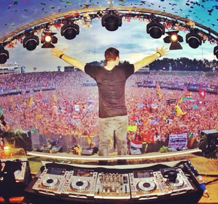 Hardwell At Tomorrowland 2013 Full Live Set With Must See