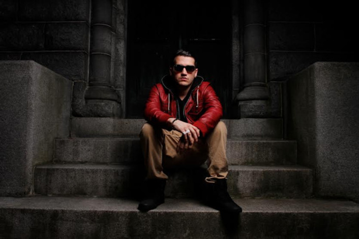 Omar LinX - Who Are You To Judge : Chill Hip-Hop / Electronic [Free Download] - Featured Image