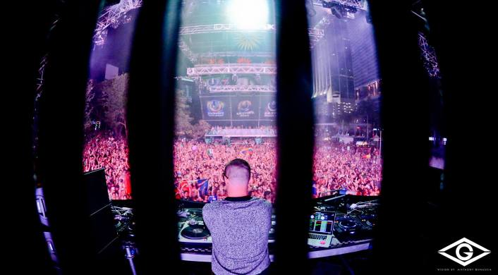 DJ Snake - Ultra Music Festival 2014 Live Set : Massive Set Filled with Unreleased Music [Free Download] - Featured Image