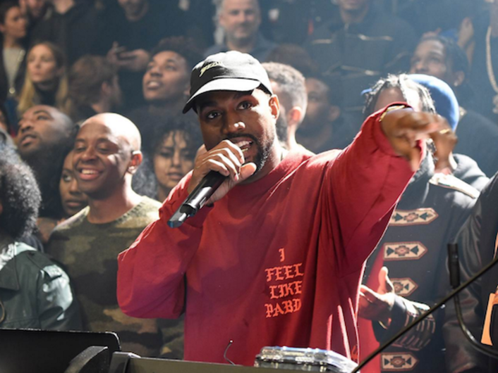 """Listen To An Unreleased Version Of Kanye West's """"WOLVES"""" Ft. Frank Ocean, Vic Mensa & Sia - Featured Image"""