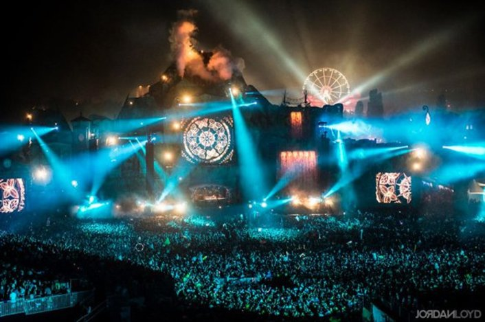 Watch: Tomorrowland releases must-see half hour Official 2013 After-Movie - Featured Image
