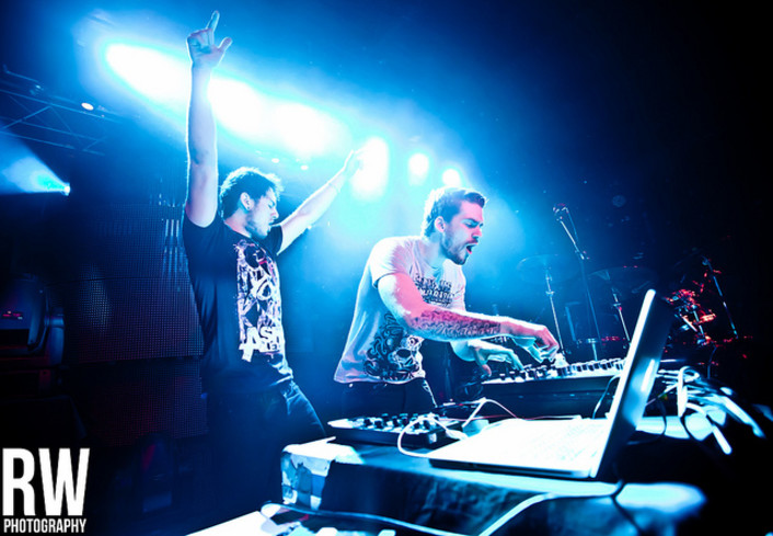 Adventure Club - Do I See Color (CRNKN Remix) + Wait (The Killabits Remix) + : Heavy Dubstep / Drumstep Remixes - Featured Image
