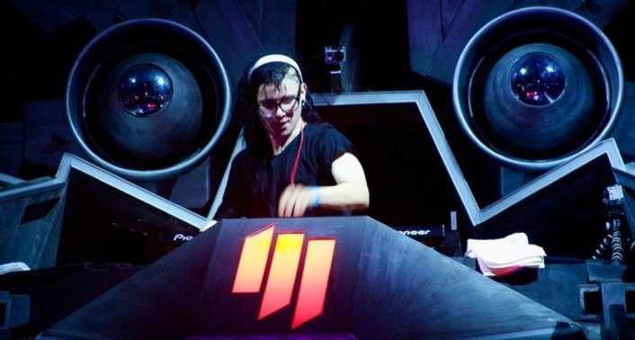 Skrillex drops a must hear 2 Hour Long BBC Radio 1 Essential Mix filled with new music - Featured Image