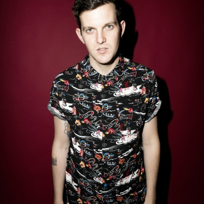 "Dillon Francis Releases Trap Remix Of Steve Angello's ""KNAS"" For Free Download - Featured Image"