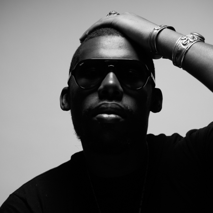 Flying Lotus Passes Out Large Free Download of Unreleased Music : Future Bass / Hip-Hop - Featured Image